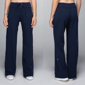 Lululemon Still Blue Athletic Relaxed Fit Pant - 8